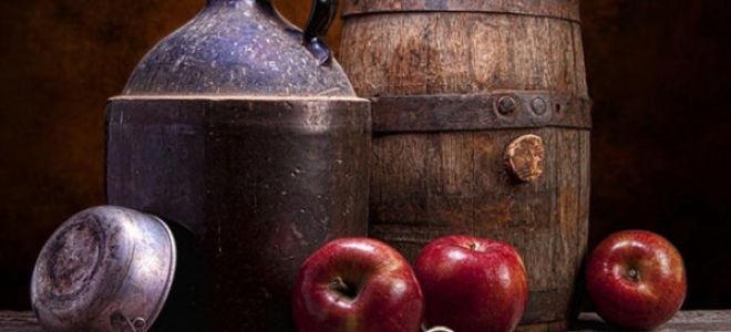 Процесс приготовления самогона из яблок