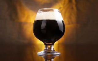 Особенное пиво Стаут (Stout) — плотный эль с густой кремовой пеной